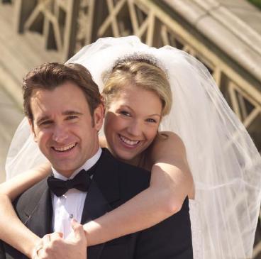 ما هو العمر المناسب للزواج  - زوجان - عريس وعروسة - marriage - groom and bride