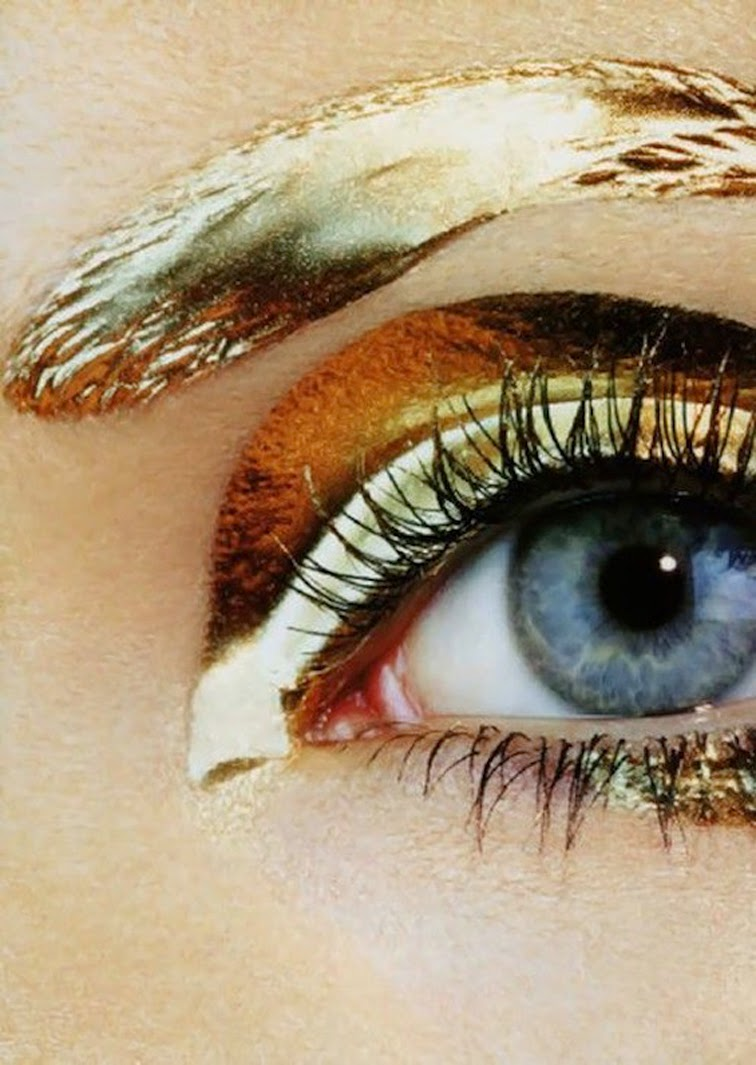 Gold eyebrow makeup