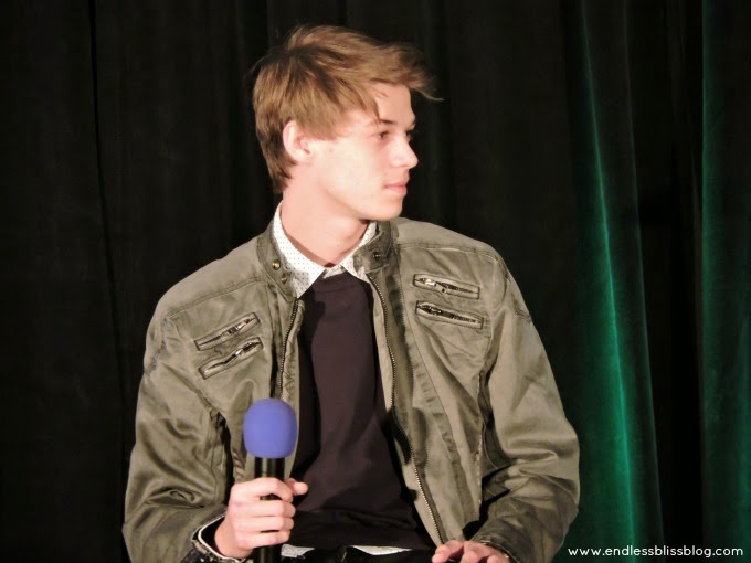 colin ford young sam winchester houston supernatural con 2015