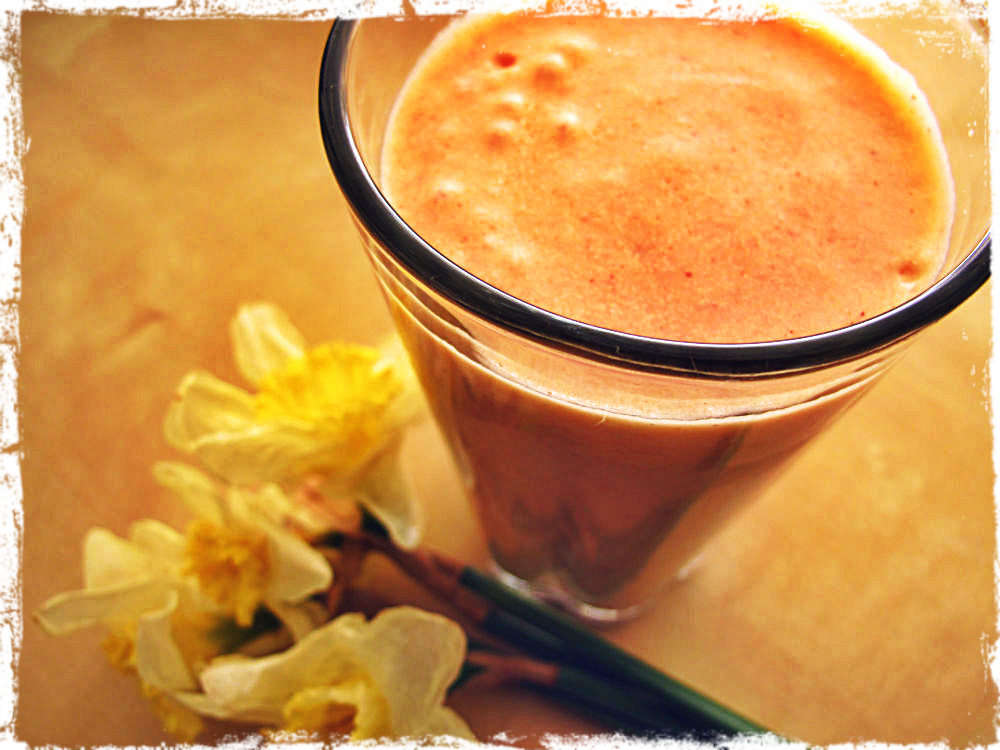 ... of Hint Jewelry: Raw Food Recipe: Mango Peach Strawberry Smoothie