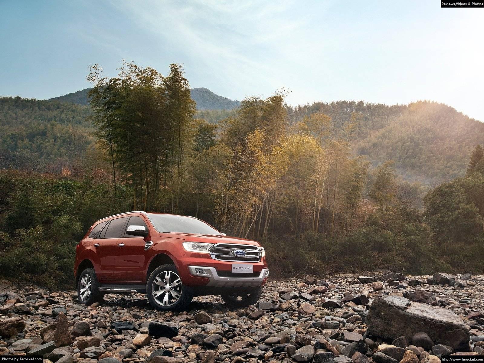 Hình ảnh xe ô tô Ford Everest 2016 & nội ngoại thất
