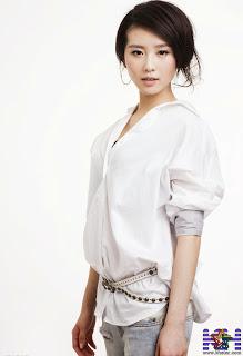 Cute chinese actress Liu Shi SHi