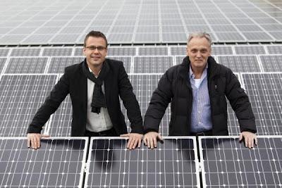 Firmeninhaber Peter Buhmann (hpa AG) und Geschäftsführer Peter Mostögl (i+R energie GmbH).