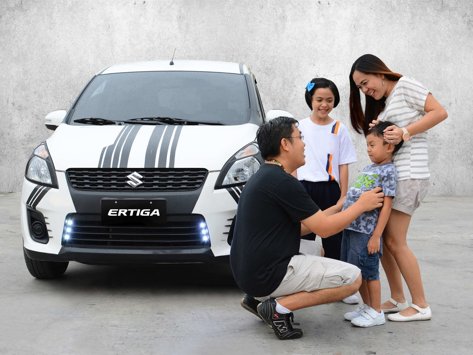 EJ Reyes Family with Suzuki Ertiga
