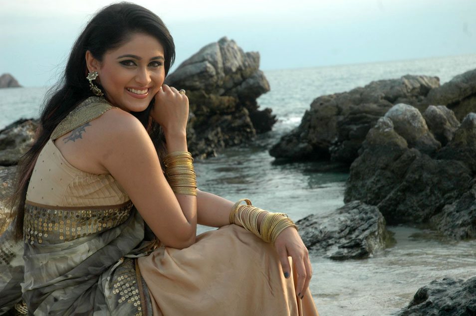 Telugu Actress Biyanka Desai Unseen Stills