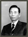 Sang Legendaris '박정희' Park Chung Hee )