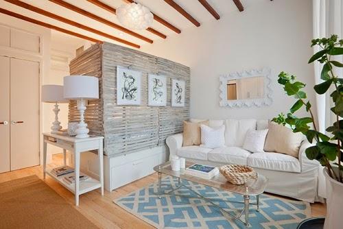 Ideas para espacios pequeños. Salón dormitorio con biombo de palets
