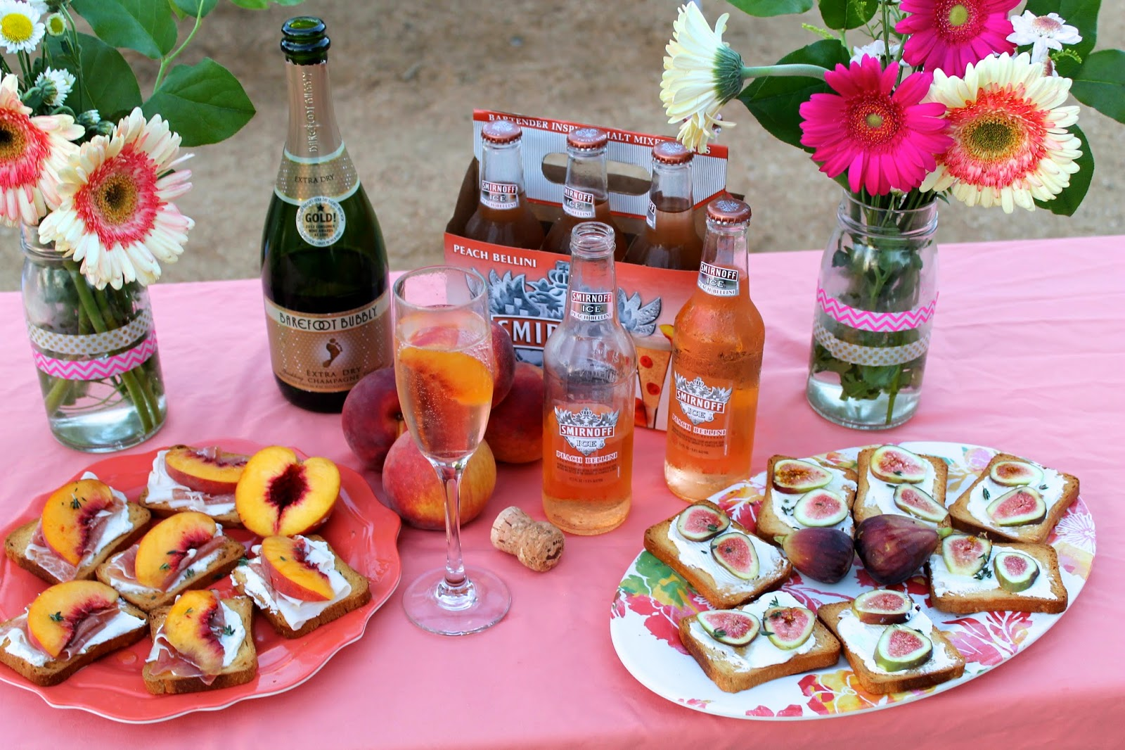 labor day picnic, smirnoff vodka, fig goat cheese crostini, brunch idea