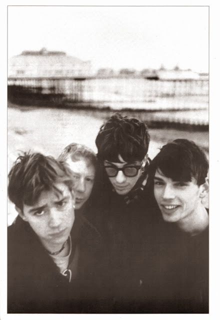 blur band photos, blur band, damon albarn photo, damon albarn black white, blur black white, blur bw photo, blur bw, damon albarn bw, photo blur