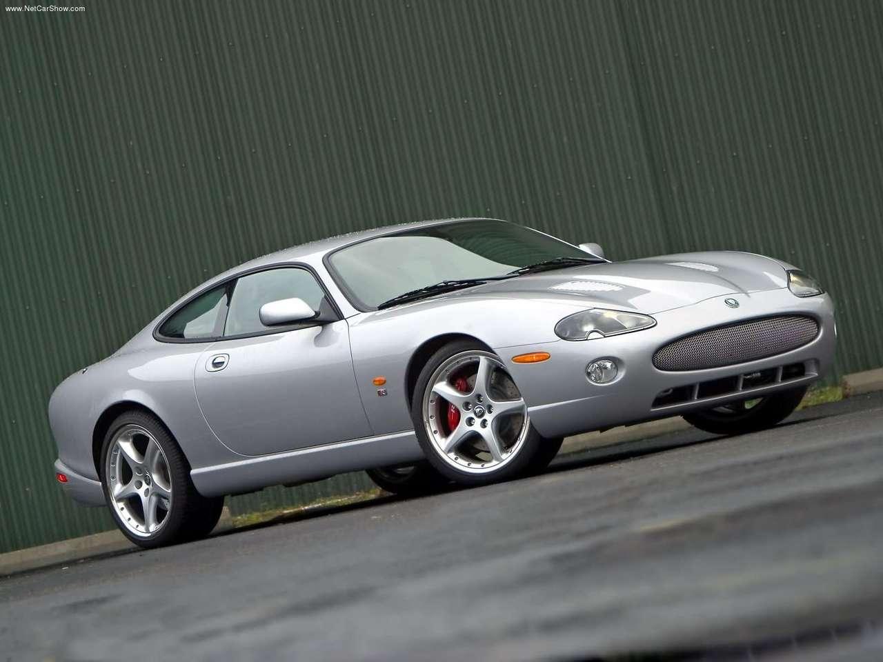 http://4.bp.blogspot.com/-J2Xvdpf03Ns/TZMgTQNVudI/AAAAAAAACLk/2fowU8np-4Y/s1600/Jaguar-XKR_Coupe_2005_1280x960_wallpaper_02.jpg