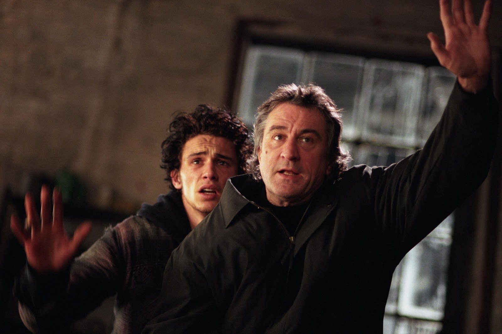 http://4.bp.blogspot.com/-J2e6esOie8M/T-N0HNkMNfI/AAAAAAAAA7Y/ssvyU6ltRAY/s1600/james_franco_robert_de_niro_city_by_the_sea_001.jpg