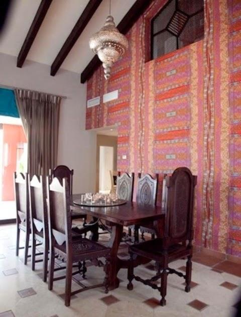 تصميمات رائعه لغرف المعيشه المغربيه  Exquisite-moroccan-dining-room-designs-20