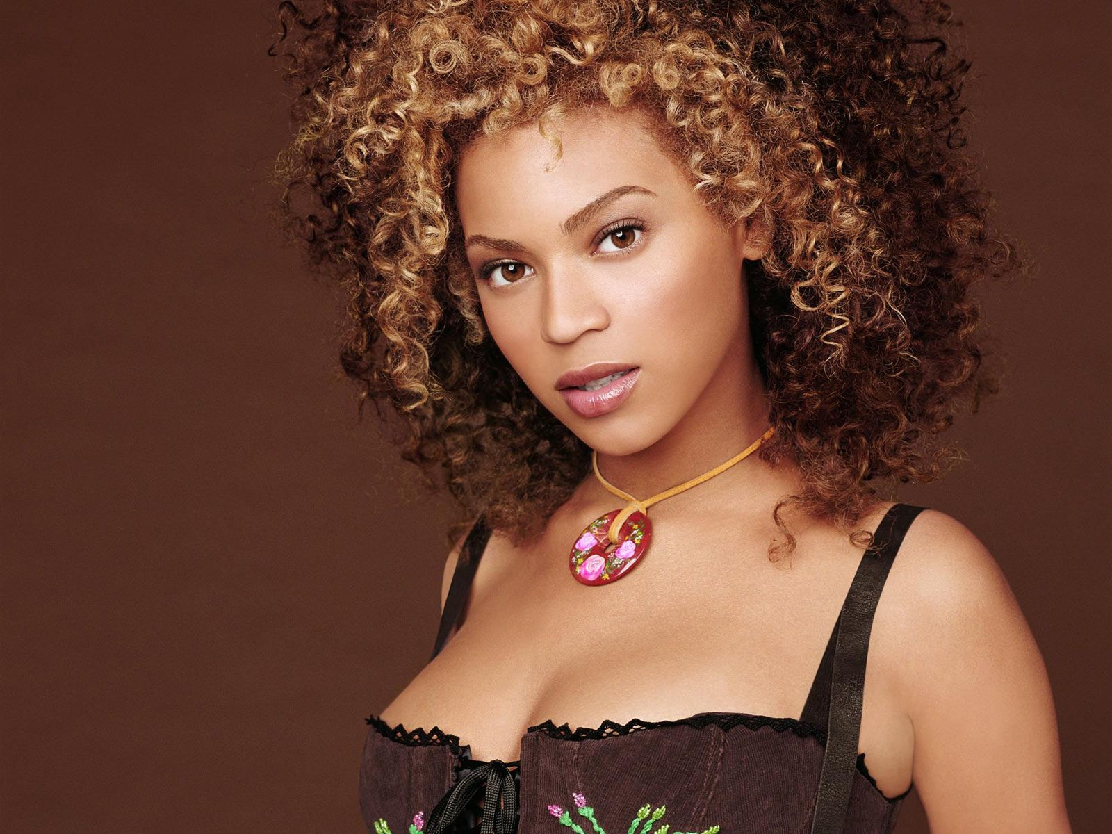 Hot Beyonce Knowles's Wallpapers | World Amazing Wallpapers | Hot ...