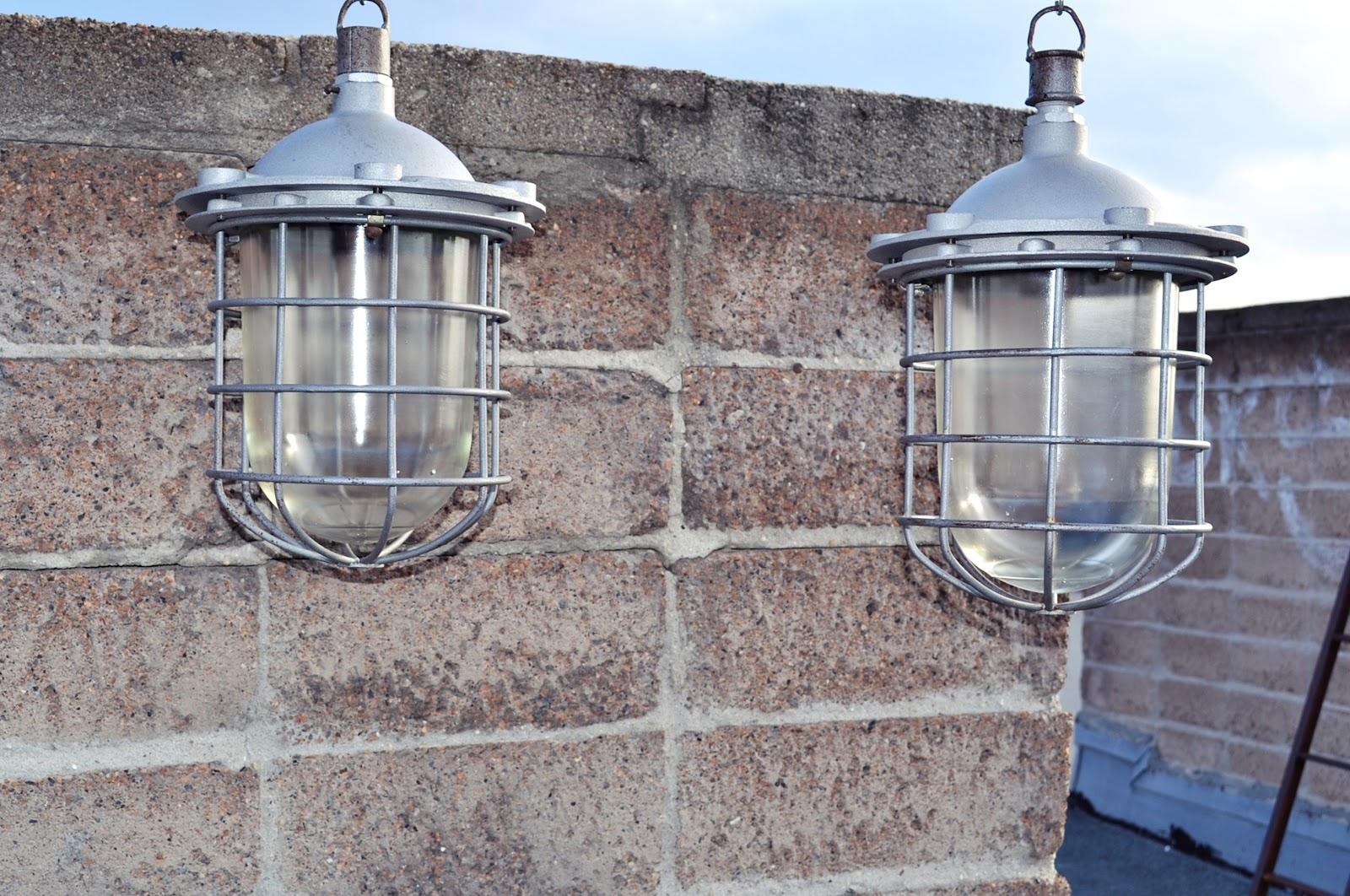leuchtenkombinat russische bunkerlampen. Black Bedroom Furniture Sets. Home Design Ideas