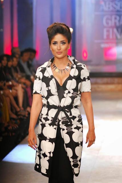 Kareena Kapoor At Lakme Fashion