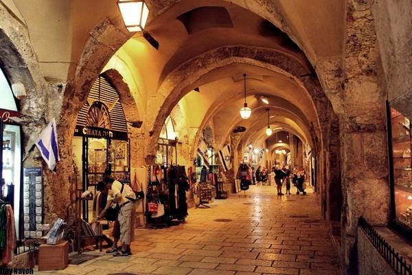 lorong-kedai-di-baitul-maqdis-palestin