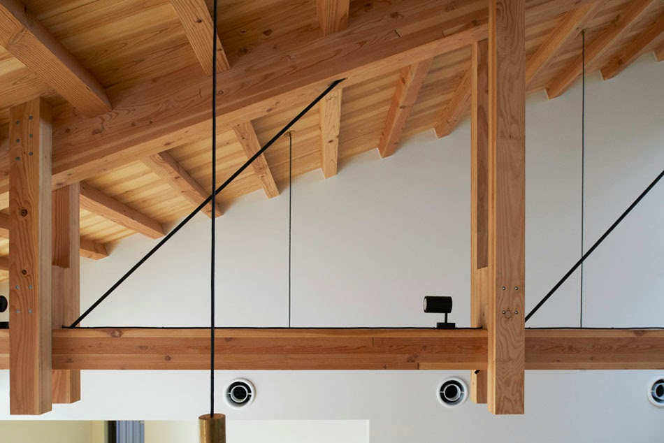 Habitar una cercha de madera espacios en madera for Crear una cubierta de madera