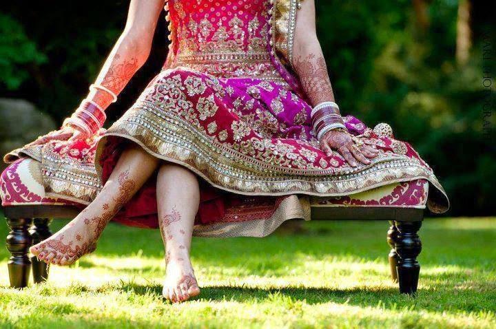 Bridal Leg Mehndi Images : Stylish bridal mehndi design for leg designs