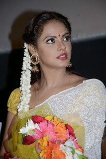 ActressNeetu Chandra Latest Pictures in Saree at Thilagar Audio Launch  0018