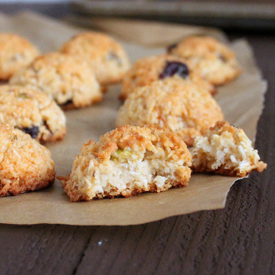 Richa's Zesty Coconut Macaroons with Cranberries and Pistachios ...