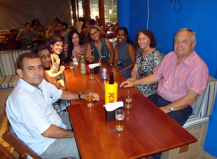 RECORDANDO E CONSTRUINDO AMIZADES - ABRIL 2011