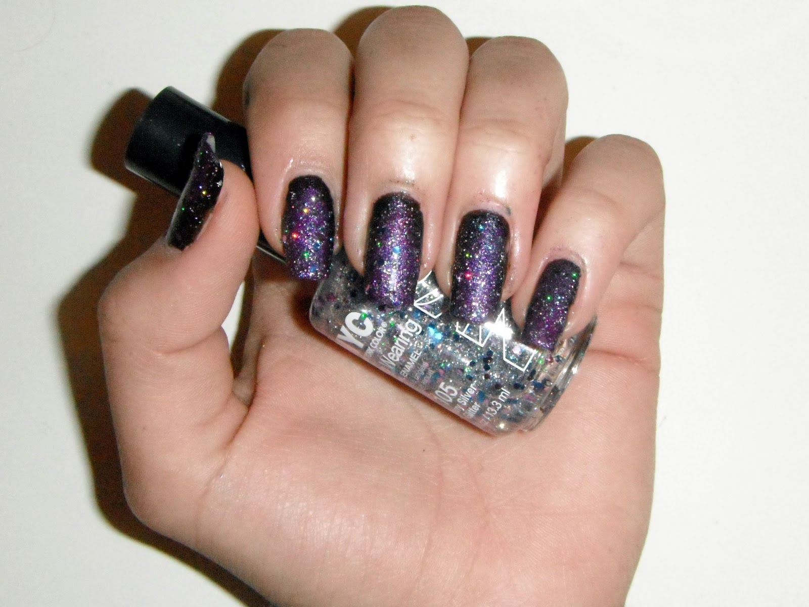 Beauty make up nail polishes fashion outer space nails for Outer space nail design