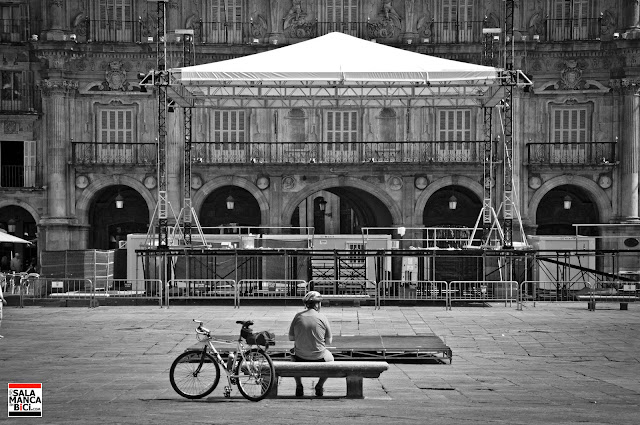 plaza mayor salamanca bici
