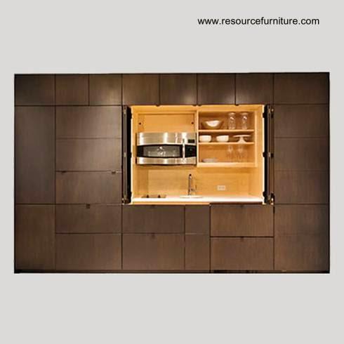 Arquitectura de casas moderna cocina oculta en un mueble for Mueble pared cocina