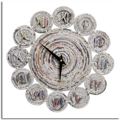http://19bis.com/objectbis/2009/07/30/objetos-con-2%C2%AA-vida/relojes-realizados-con-materiales-reciclados/