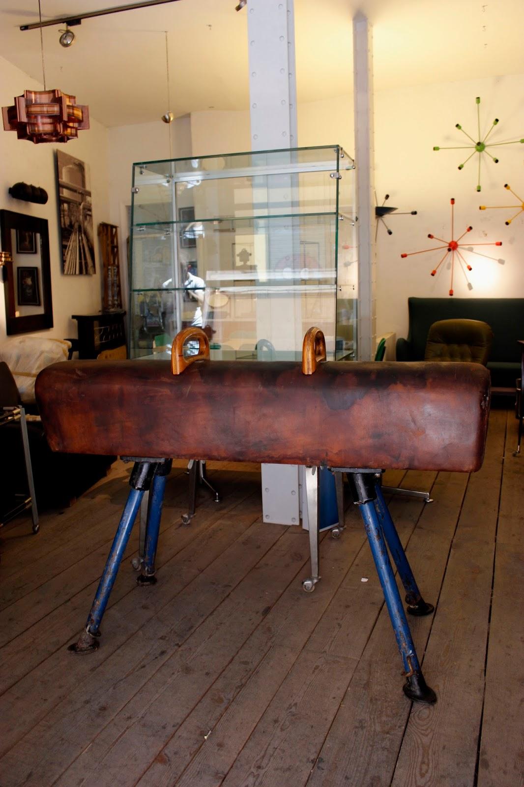 Vintage 4p tu tienda de muebles vintage en madrid los for Muebles industriales online