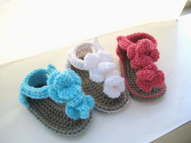 Crochet Baby Booties Pattern For Free : For the Love of Crochet Along: August 2011