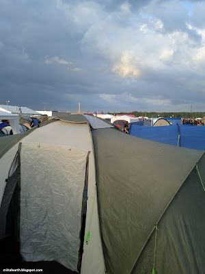 Graspop Metal Meeting 2011 - Dessel, Belgique : 23 juin 2011 - la grosse tente