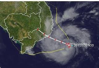 PAKHAR ist jetzt ein Taifun (Hurrikan) und bedroht Vietnam, Taifunsaison 2012, Taifunsaison, Taifun Typhoon, Vietnam, Pazifik, aktuell, Pakhar, März, Satellitenbild Satellitenbilder, Vorhersage Forecast Prognose, Verlauf, Zugbahn,