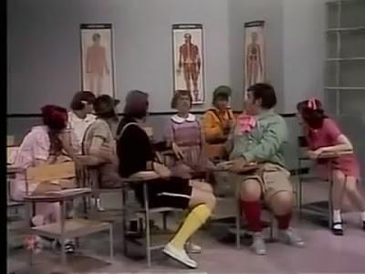 Chaves - O Primeiro dia de Aula Legendado 1974