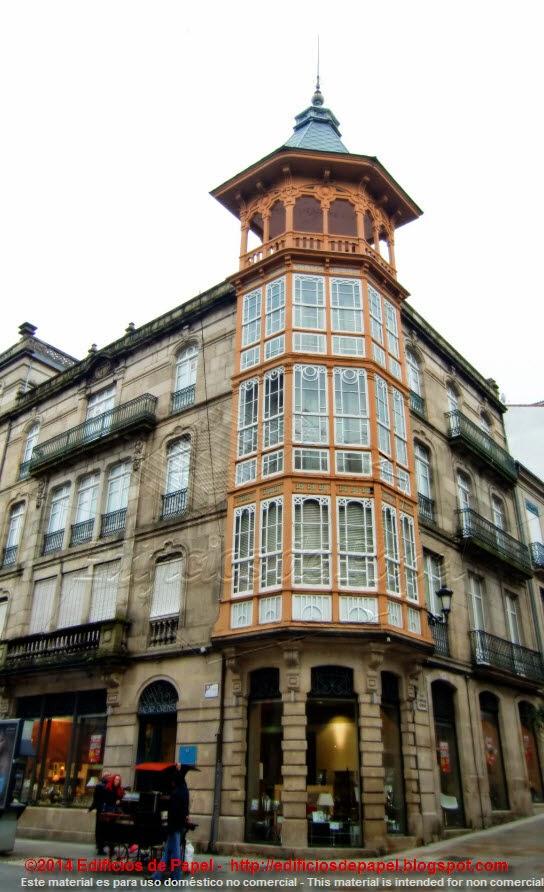 en la calle del Paseo de Ourense