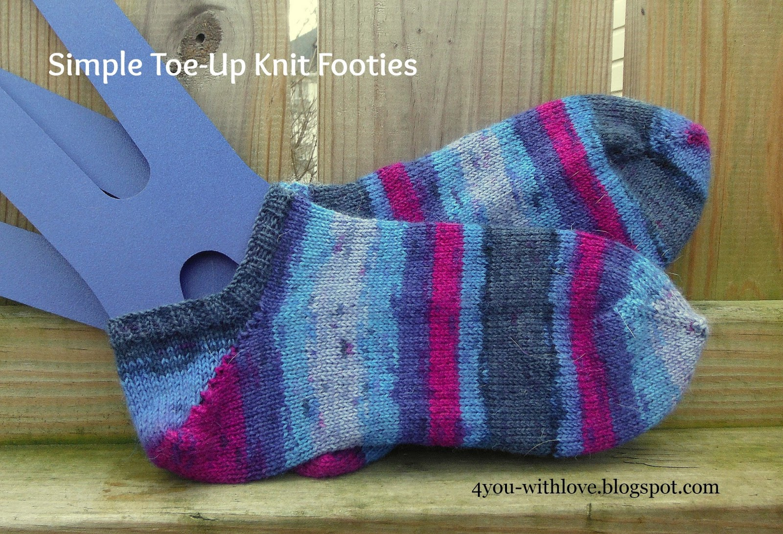 Knitting Pattern Reading Socks : Simple Toe Up Knit Footies - 4 You With Love
