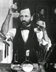Louis Pasteur, seorang tokoh pendukung teori biogenesis