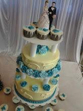 TIER WEDDING CAKE
