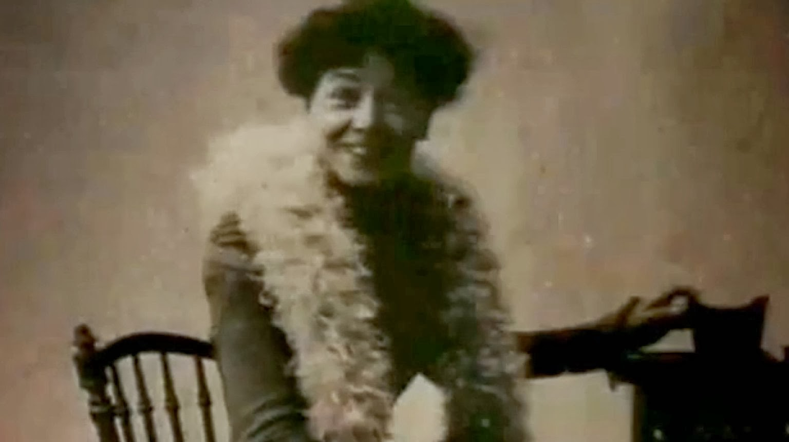 Madame Director Alice Guy Blache Be Natural ©riginal version by Alice Guy Jr.