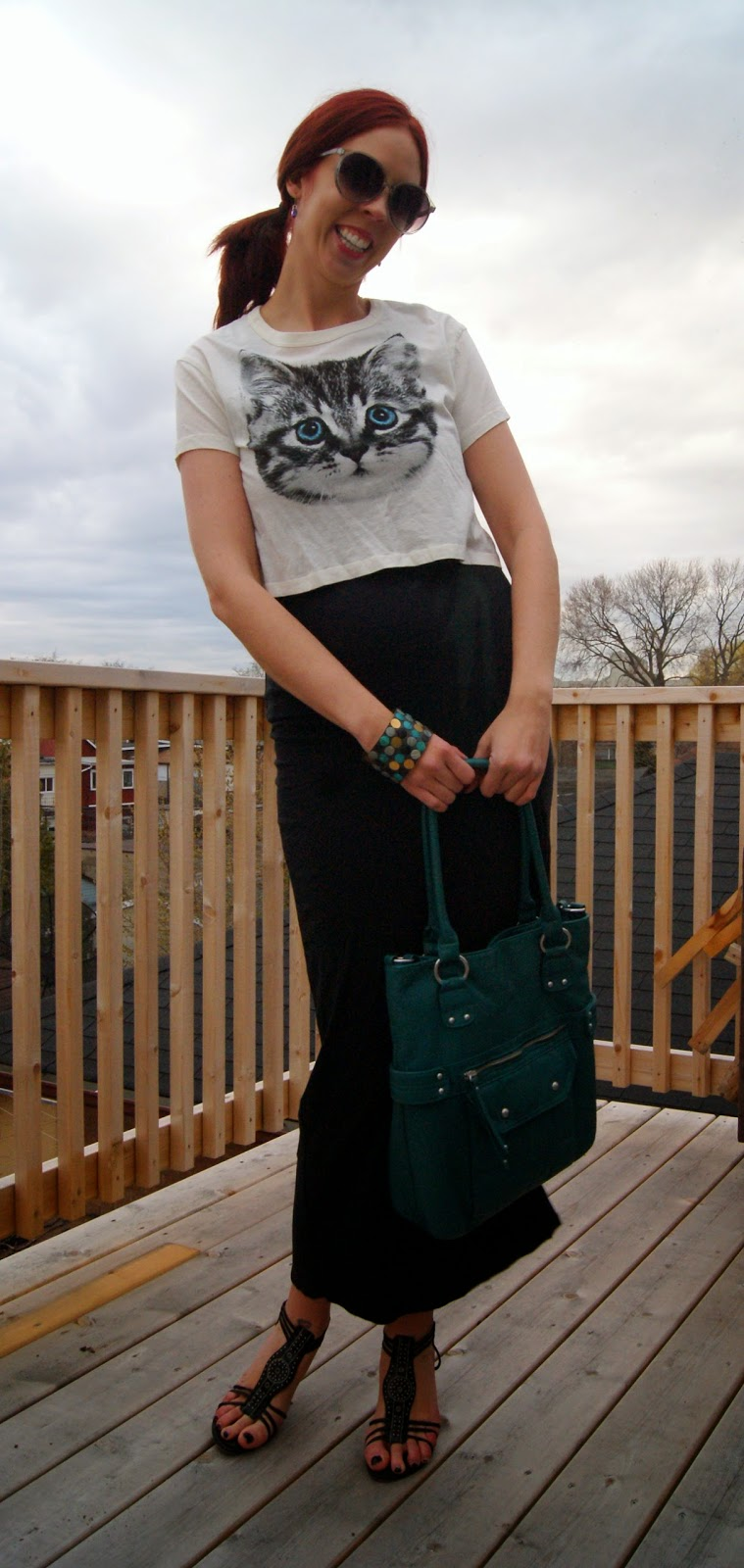 Travel Chic!: Bench Dress, Forever 21 Tank Top and Crop Top, Her Story Personalized Lockets, Mossimo Purse from Target Fashion, Style, Melanie.Ps Blogger Toronto, The Purple Scarf