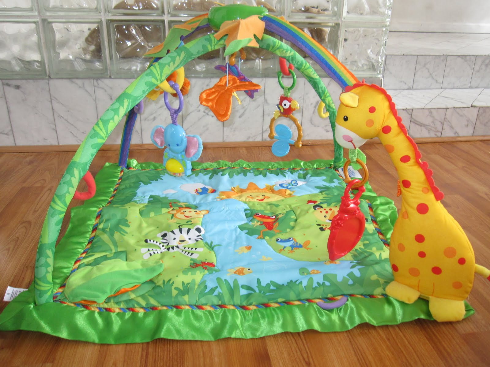 Moving sale baby gear toys fisher price rainforest deluxe gym 35