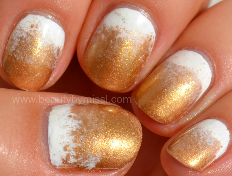 sponging, nail art, sponged nails, white & gold