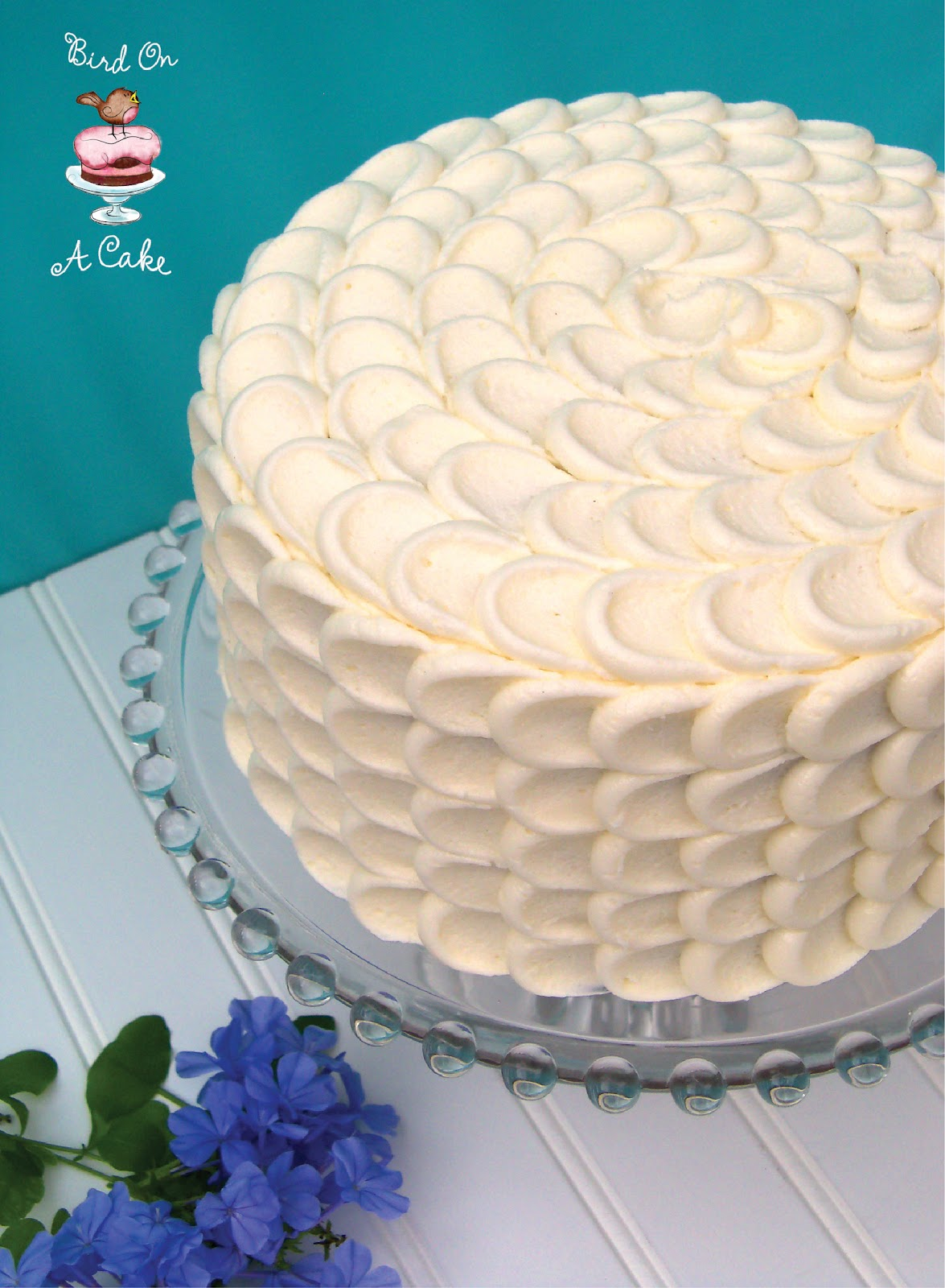Homemade Cake Icing Designs : Bird On A Cake: Hummingbird Cake with Petal Tutorial