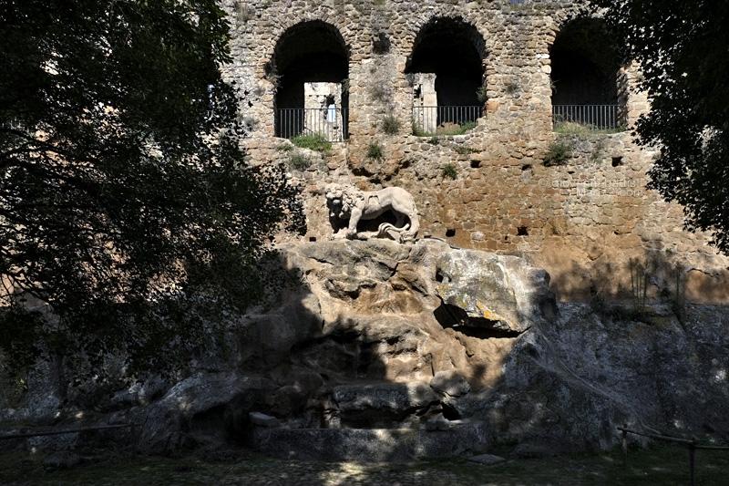 La Fontana del Leone del Bernini a Monterano