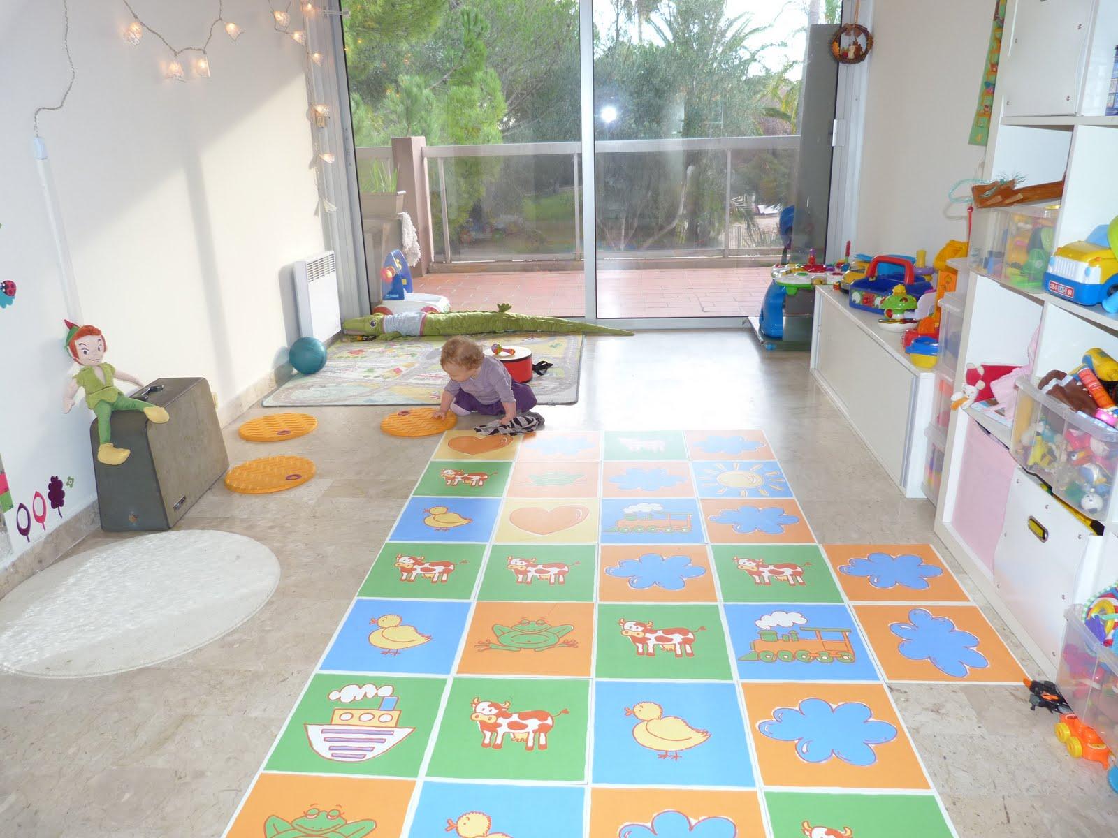 assistante maternelle agreee antibes golfe juan octobre 2011. Black Bedroom Furniture Sets. Home Design Ideas