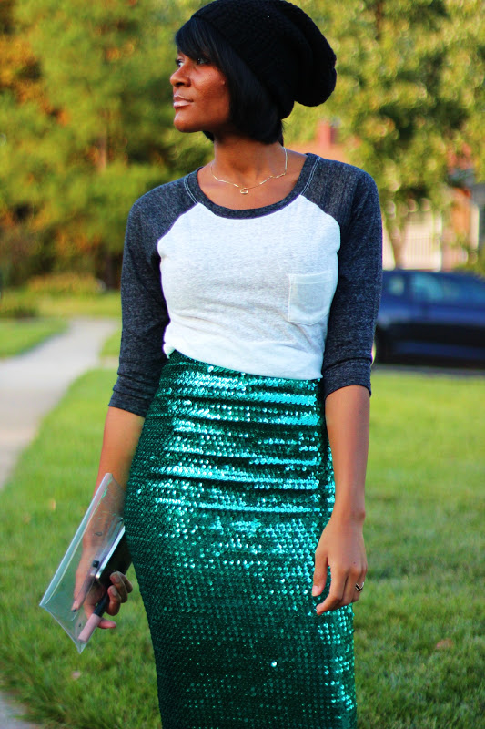 How to Wear a Sequins Skirt