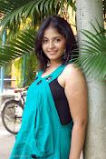 Actress Anjali New Photos, Anjali hot photoshoot stills-thumbnail-10