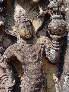 Nice stone carving in Lankatilaka temple.