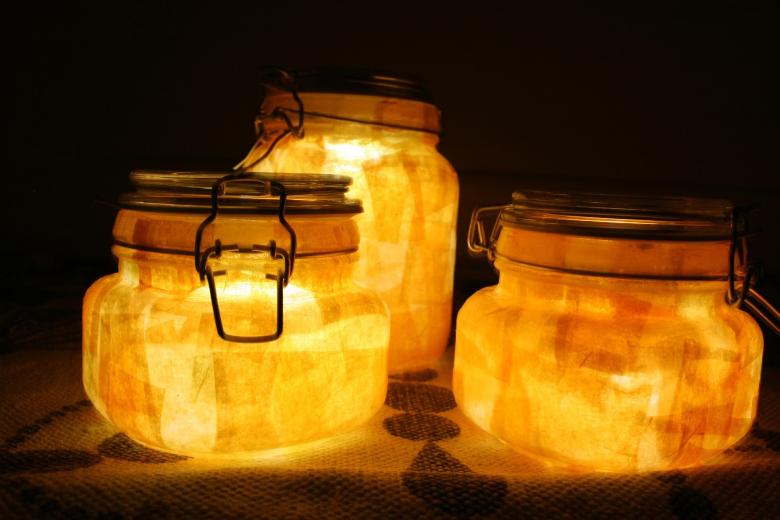 Scattered Thoughts of a Crafty Mom: 17 Outdoor Lighting Ideas for ...