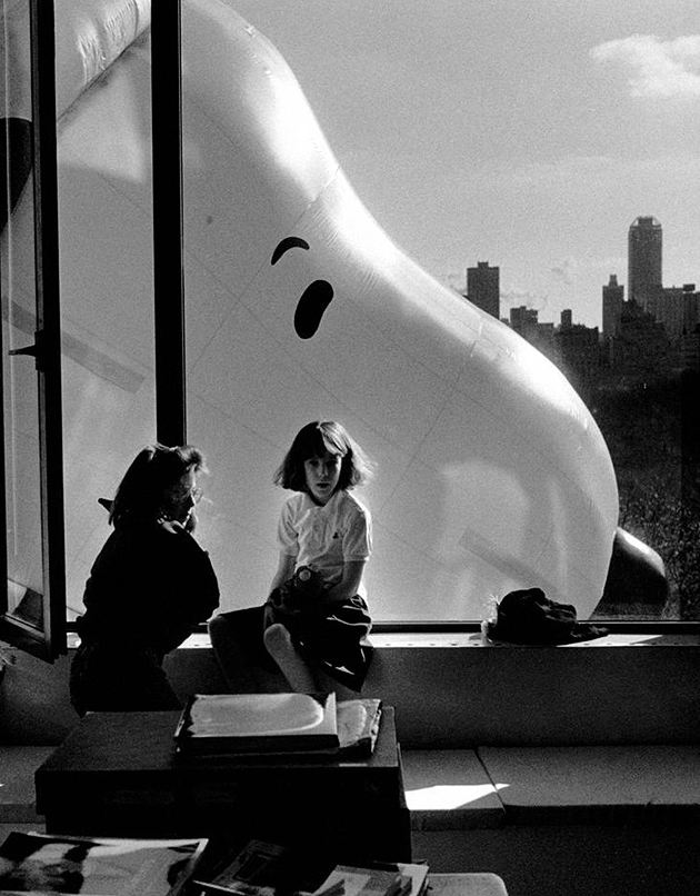 elliott erwitt macy's thanksgiving day parade